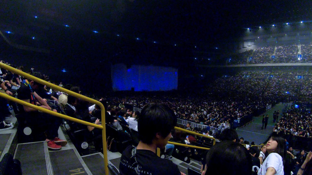 ワンオクオーケストラライブ会場2